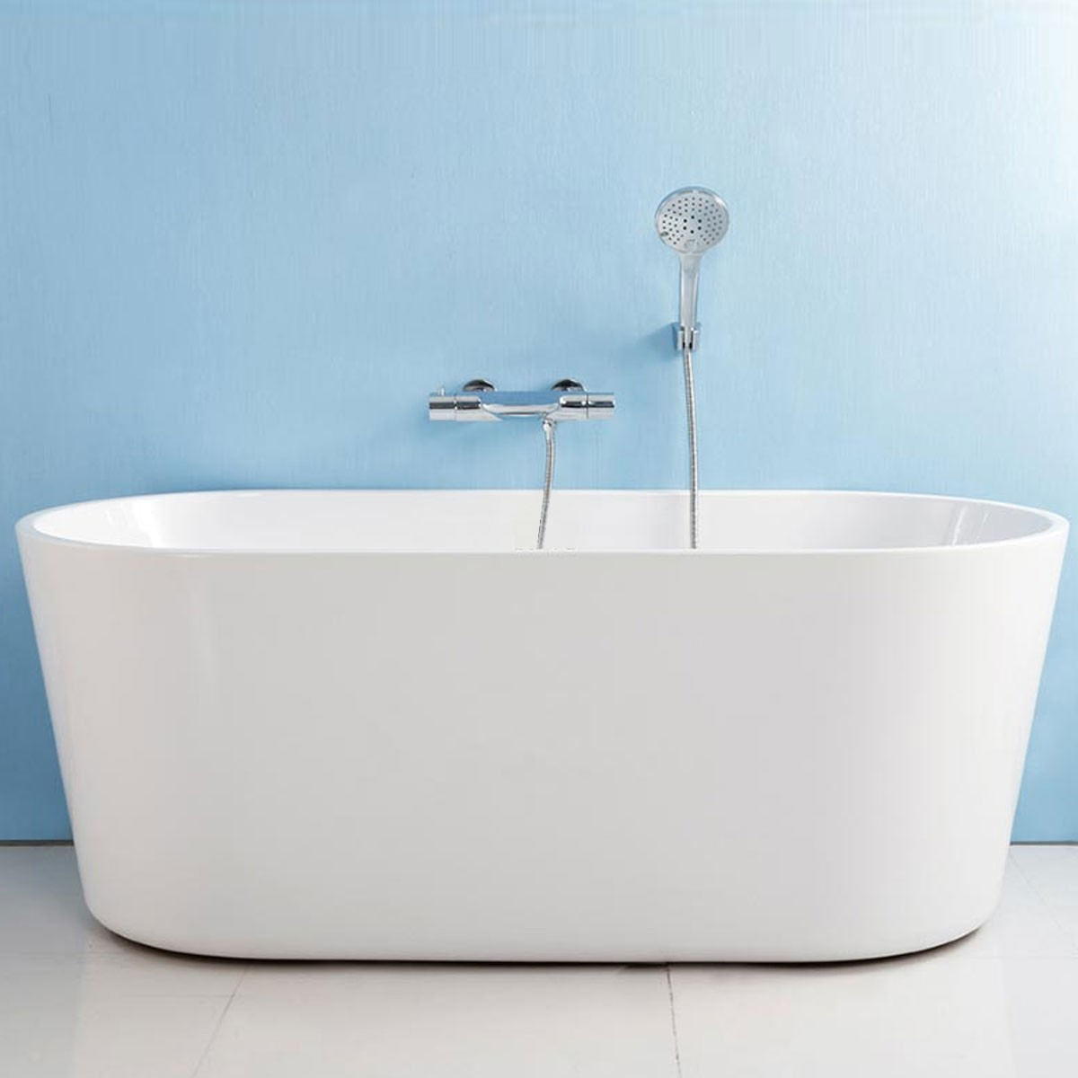 62 In White Acrylic Seamless Freestanding Bathtub (DK-AT-96675)