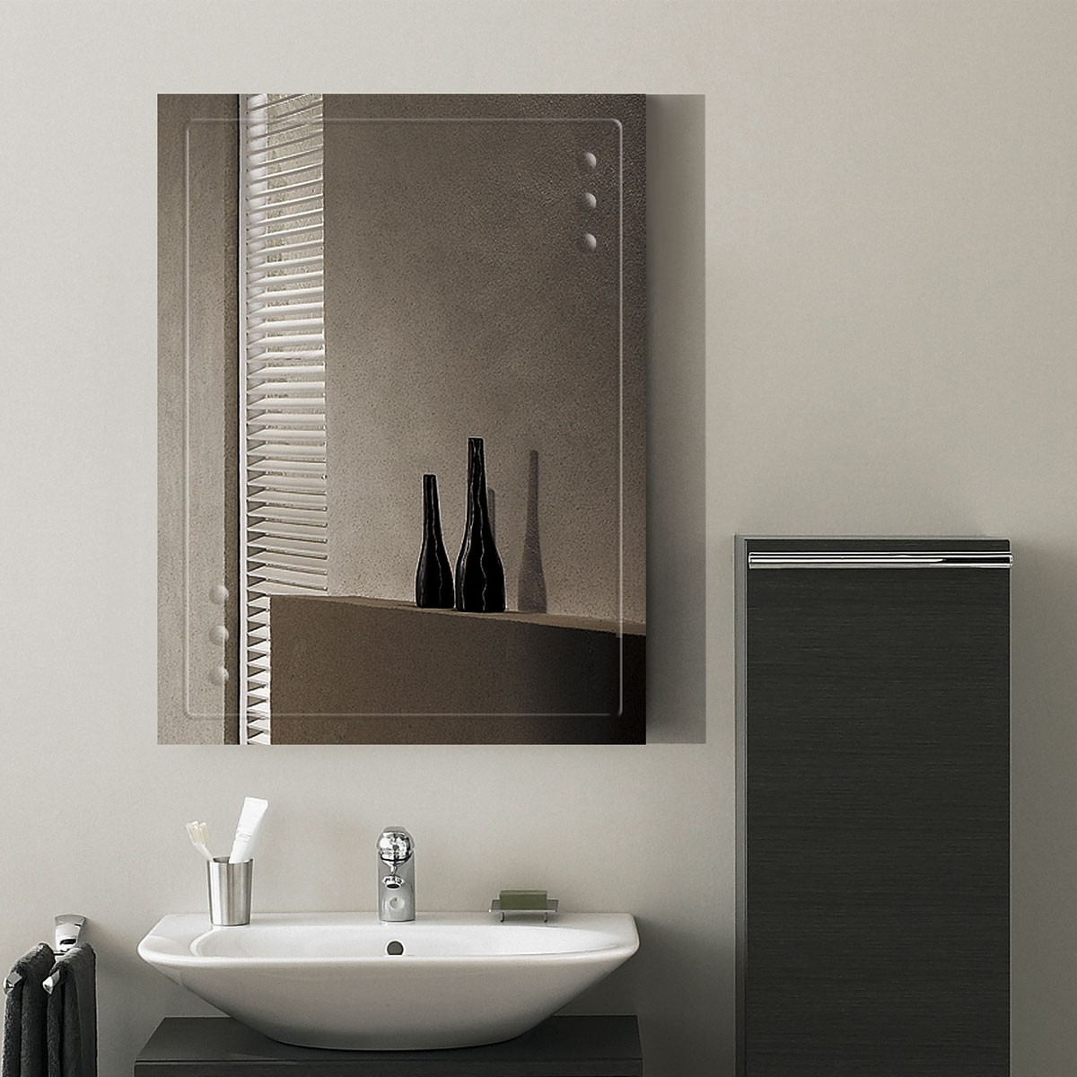 24 x 18 In. Wall-mounted Rectangle Bathroom Mirror (DK-OD-B047C)