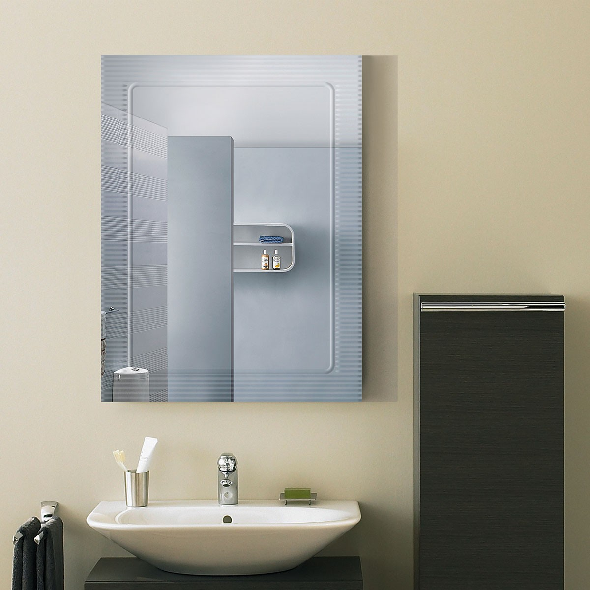 18 x 24 In. Wall-mounted Rectangle Bathroom Mirror (DK-OD-B067C)