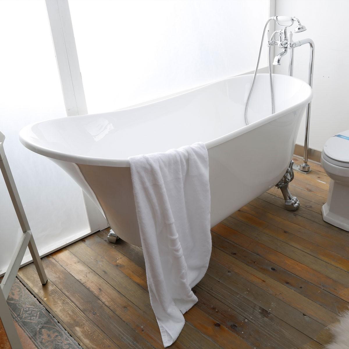 63 In Pure White Clawfoot Freestanding Bathtub (DK-PW-1675W ...