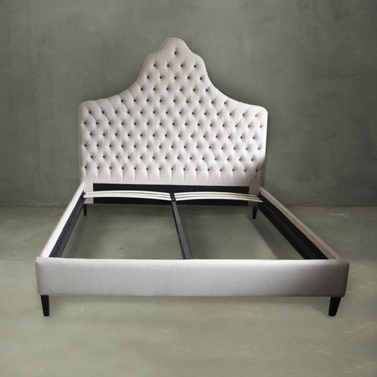King Platform Bed with Tufted Upholstered Headboard (PJB00115)