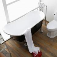 63 In Black Acrylic Clawfoot Freestanding Bathtub (DK-1675B)