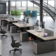 Office Workstation in Yellow Oak and Black for 4 persons with divider and cabinet (GT67B)